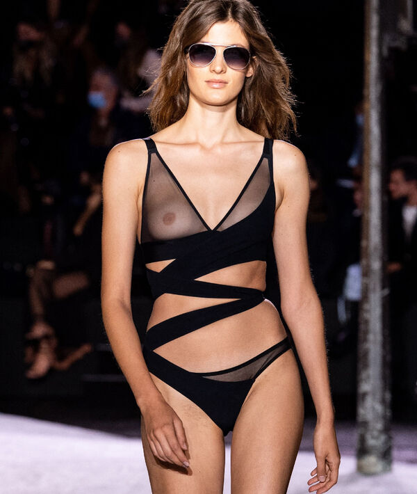 Soutien-gorge N°8 - Triangle sans armatures en mesh invisible;${refinementColor}