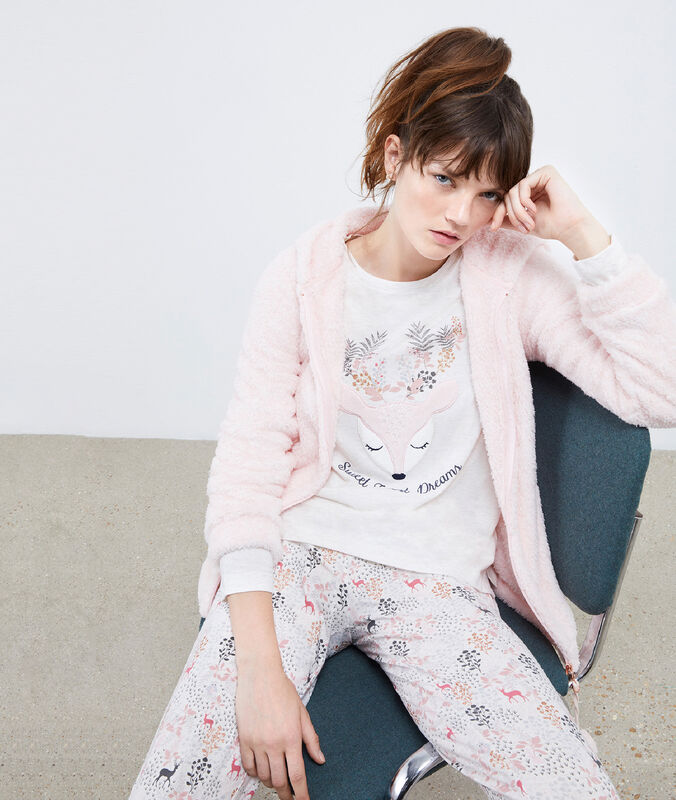 Pyjama trois pièces biche rose.